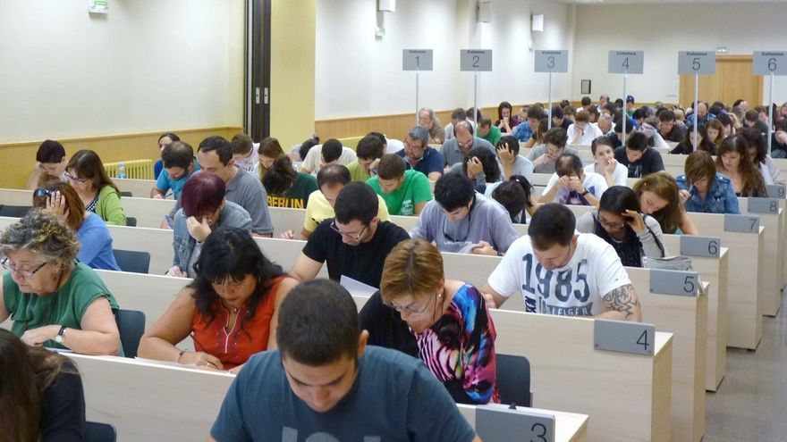 Más de 4.000 estudiantes de la UNED de Pamplona comienzan este lunes los exámenes
