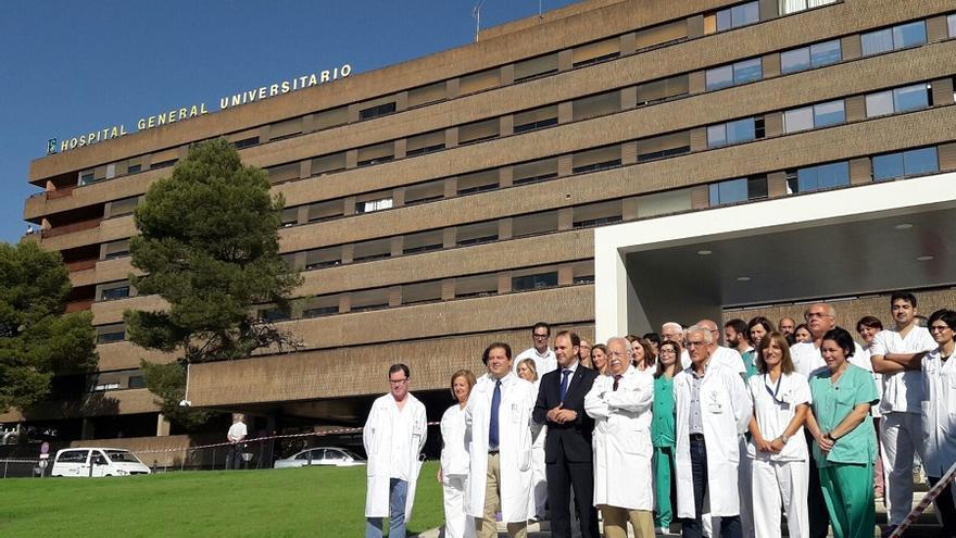 Miembros de las 15 especialidades que se han coordinado para realizar este trasplante.