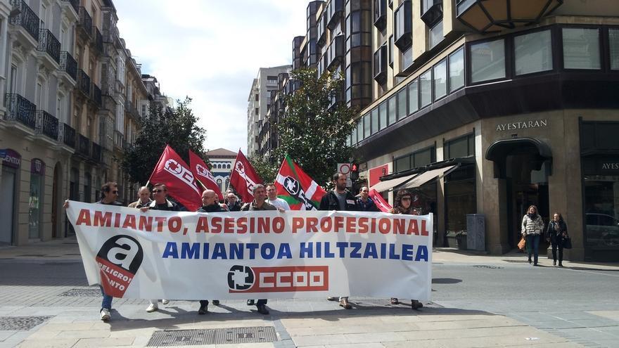 """CC.OO. Euskadi alerta de que hasta el año 2040 puede haber un """"goteo de muertes constante"""" por exposición al amianto"""