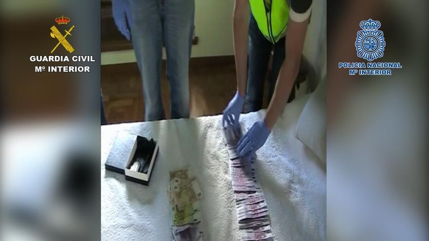 Detenidos 22 miembros de una red criminal que robaba vehículos para introducir droga en España desde Reino Unido