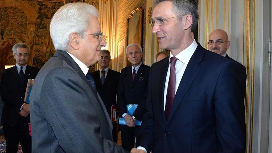 """La OTAN afirma estar dispuesta a aportar """"su contribución"""" en Libia"""