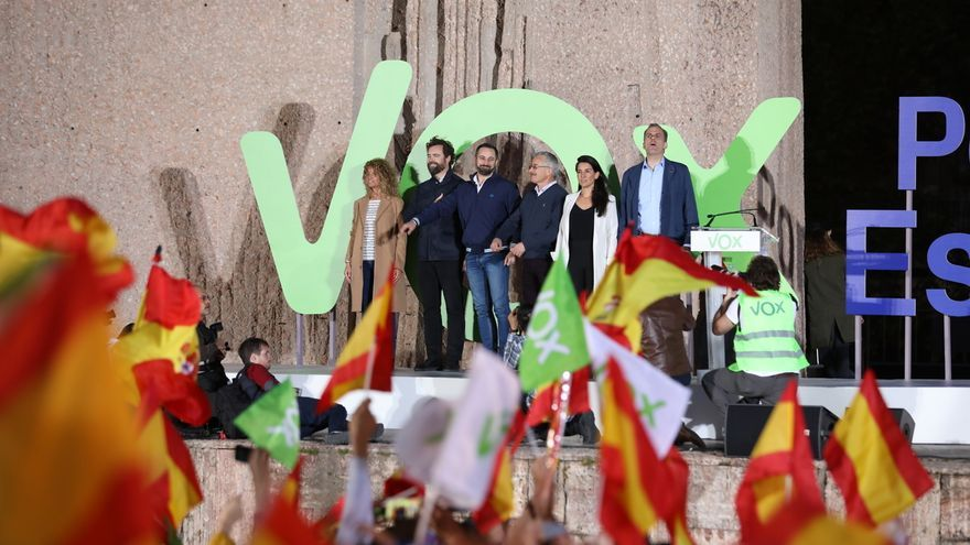 Los líderes de Vox en el acto de cierre de campaña