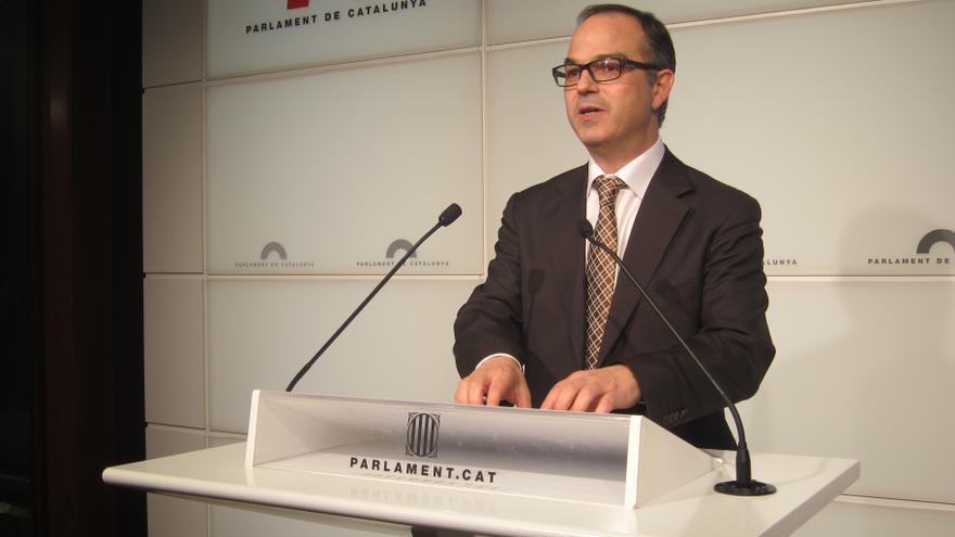 Turull (CiU) cree que el PSC traiciona al electorado para lograr la aprobación del PSOE