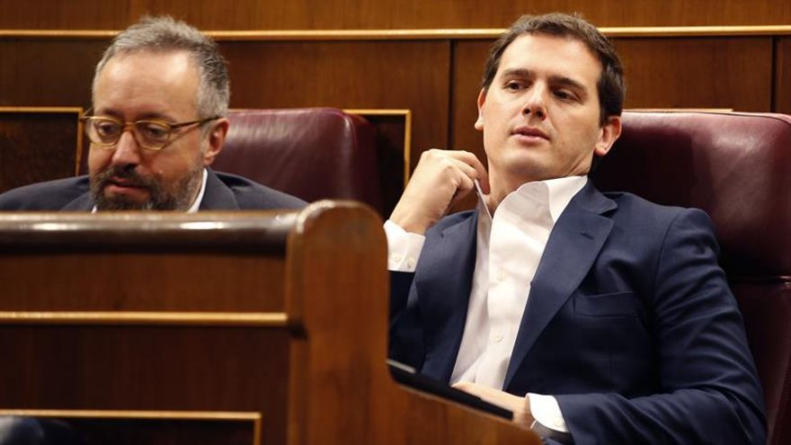 """Rivera afirma que no hay """"ninguna opción"""" de que Cs apoye a Gabilondo (PSOE)"""
