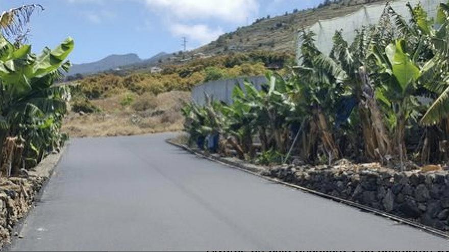 Camino de El Puerto después de la repavimentación.