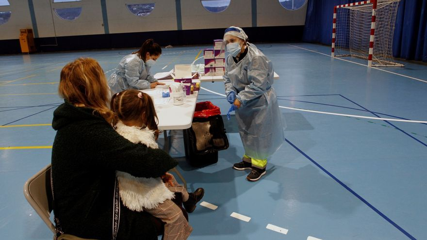 Galicia supera los 20.000 contagios y eleva el pico de hospitalizados a 1.201