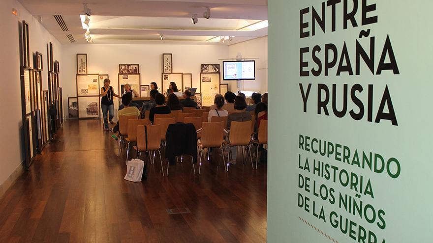 Mesa redonda sobre el exilio infantil en la Guerra Civil española.