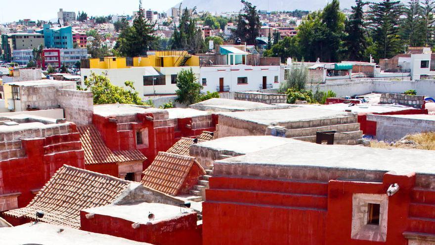 Plazas y calles del Monasterio de Santa Catalina, en Arequipa. VIAJAR AHORA