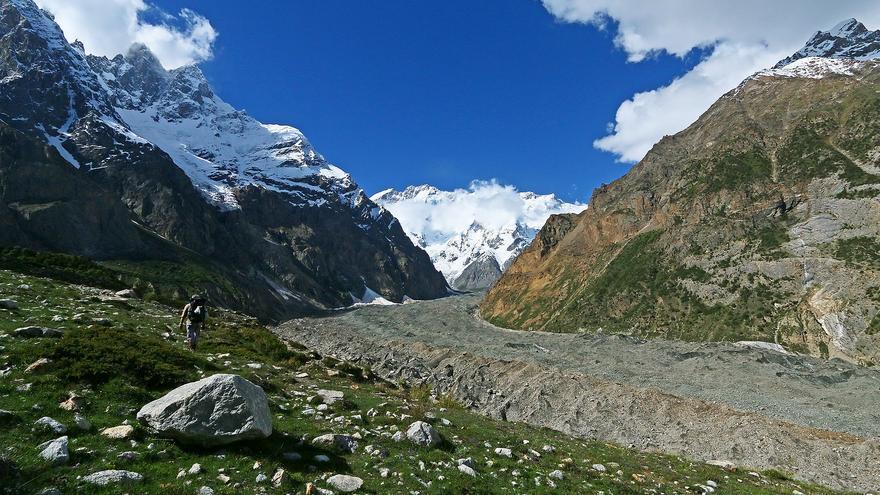 El agua y el hielo moldean el paisaje del Valle del Hunza, uno de los lugares míticos de la Ruta de la Seda. Imran Shah
