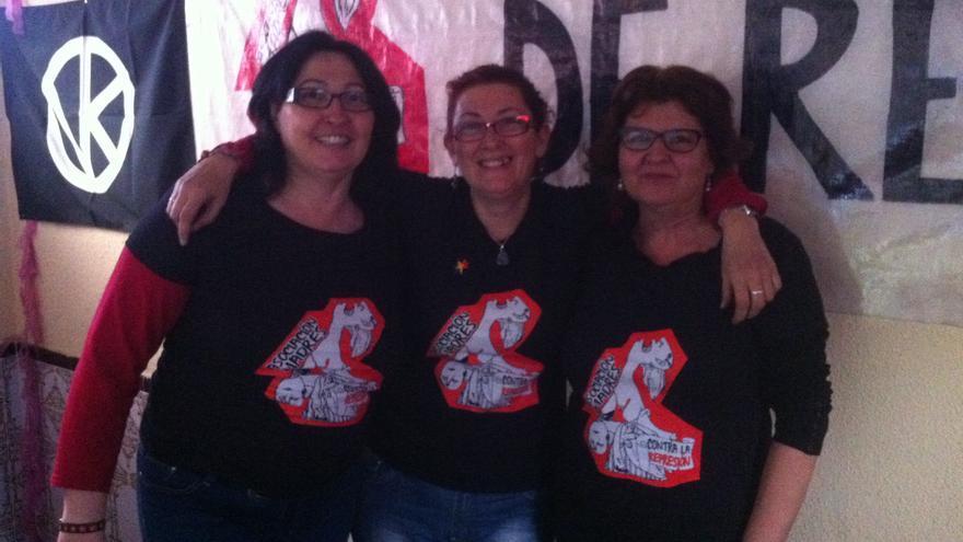 De izquierda a derecha: Lola Onieva, Elena Ortega y Paloma Gregorio. / H.J.