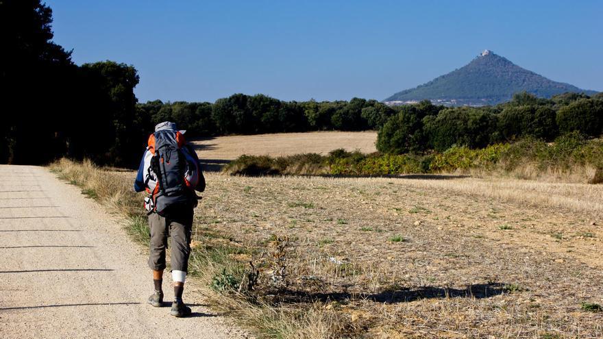Camino de Santiago a su salida de Iratxe, en Navarra. VIAJAR AHORA