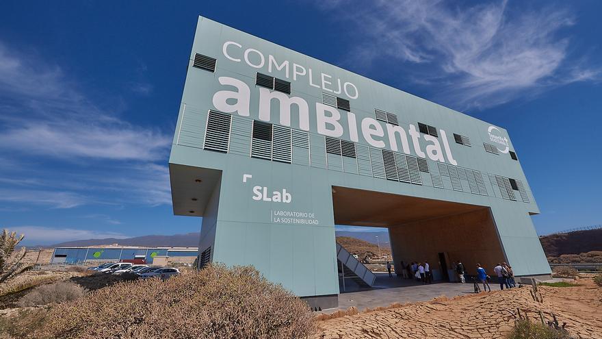 Edificio que acoge el Laboratorio de la Sostenibilidad, antes Aula Medioambiental, en Arico