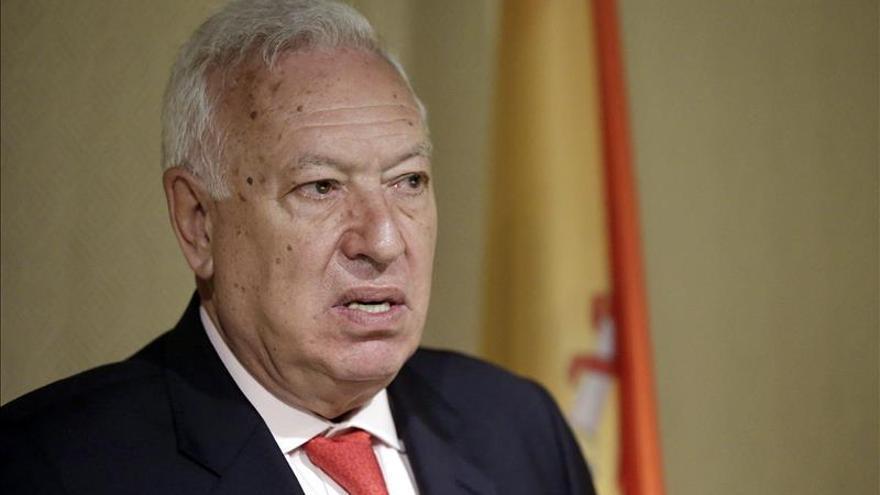 El Gobierno estudia recurrir las embajadas catalanas en Roma y Viena, según Margallo
