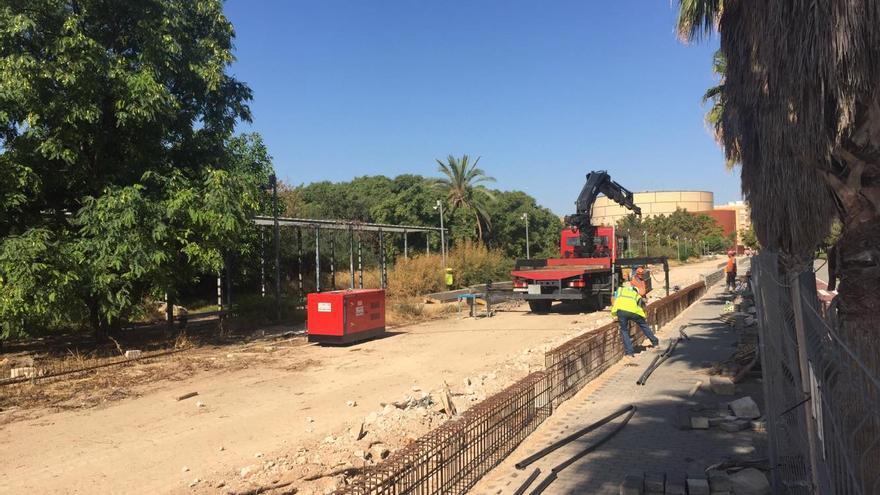 Situación de las obras del vallado del campus de Tarongers y de remodelación del jardín