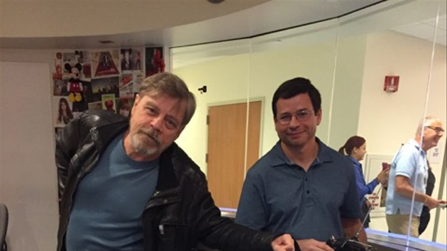 Mark Hamill, Victor Franco y su R2-D2
