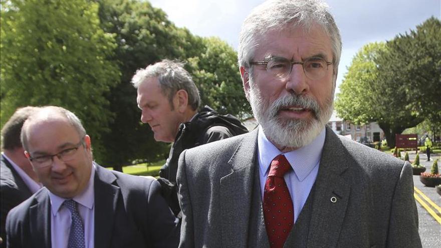 "El Sinn Féin acusa a Londres y Dublín de ""bloquear"" avance de negociaciones"