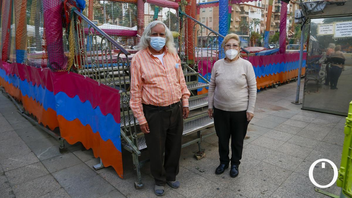 Pepe y Loli, propietarios de las atracciones de la plaza del Zoco