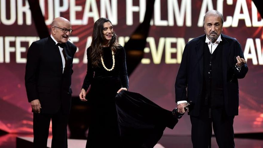"La comedia alemana ""Toni Erdmann"" arrasa en la noche del cine europeo"