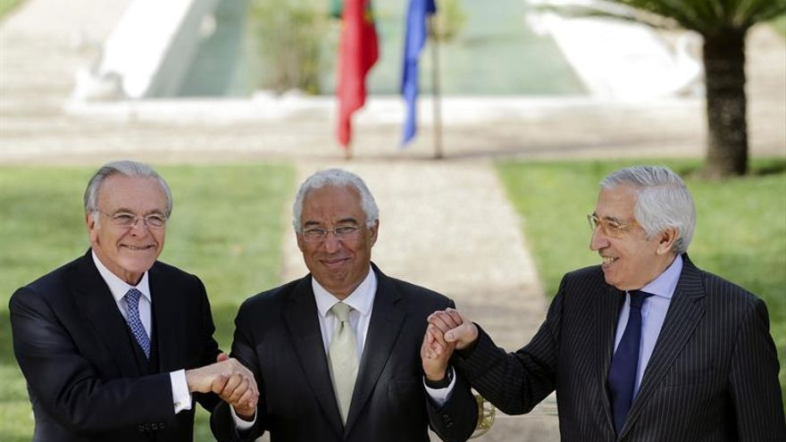 """Fainé oficializa la llegada de """"la Caixa"""" a Portugal con 50 millones de euros al año"""