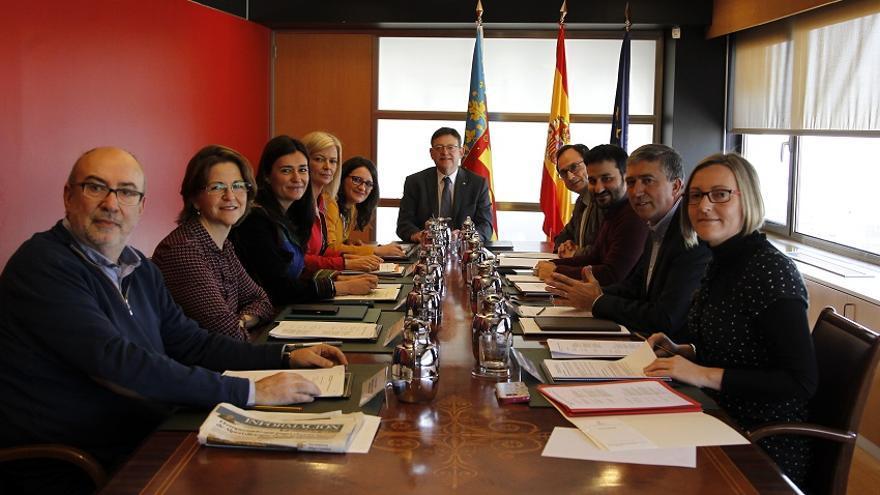 El pleno del Consell reunido en Alicante