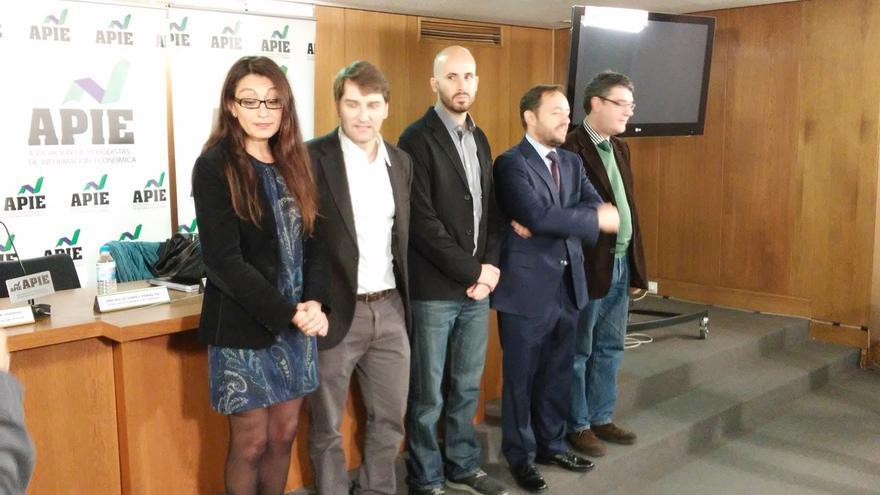PP, PSOE y Podemos evitan adelantar materias económicas donde pueden llegar a acuerdos e IU presume de rupturismo