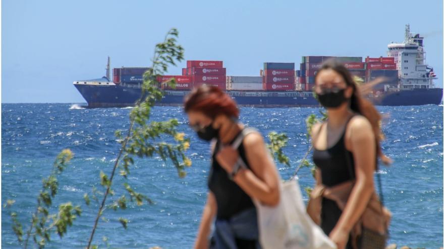 Los positivos entre la franja de 20 a 29 años, los que más crecen en la cuarta semana de octubre en Canarias