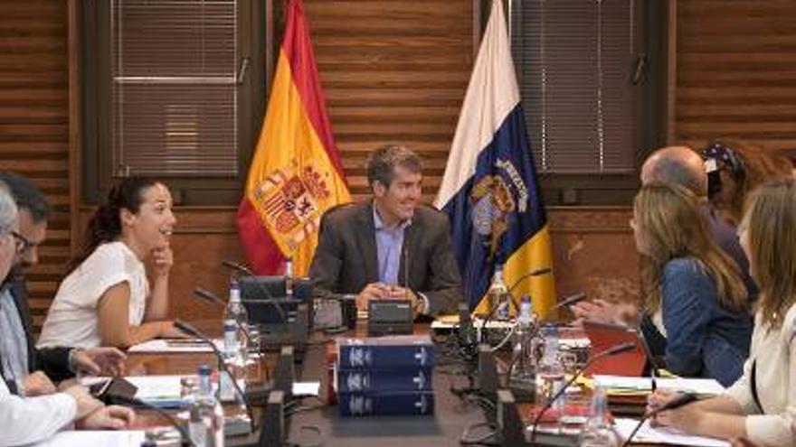 Momento de la reunión del Consejo de Gobierno.