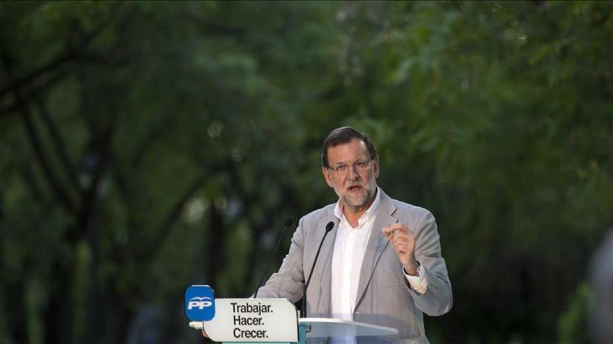 """Mariano Rajoy, el """"candidato"""" que llevó su recuperación puerta a puerta"""