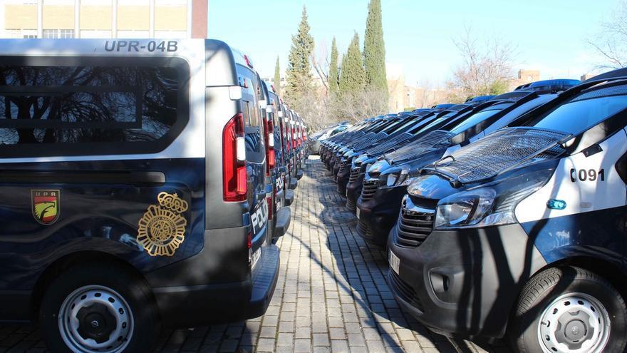 La Policía Nacional adquiere casi 400 nuevos vehículos oficiales