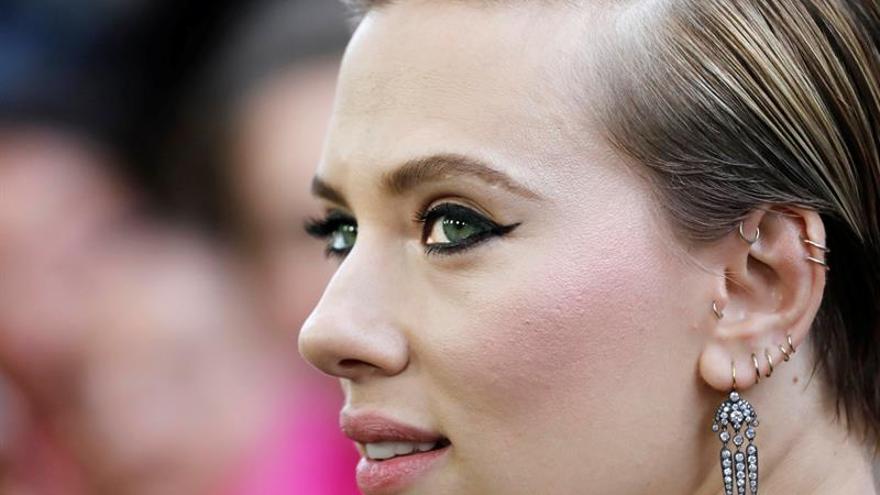 Scarlett Johansson deja un film donde iba a encarnar a una persona transgénero