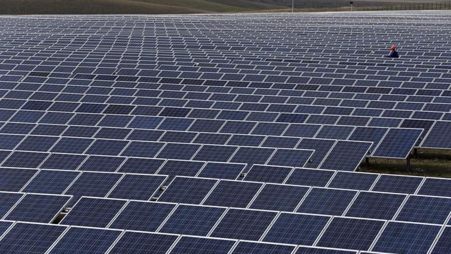 La industria fotovoltaica ha evitado más contaminación de la que ha generado