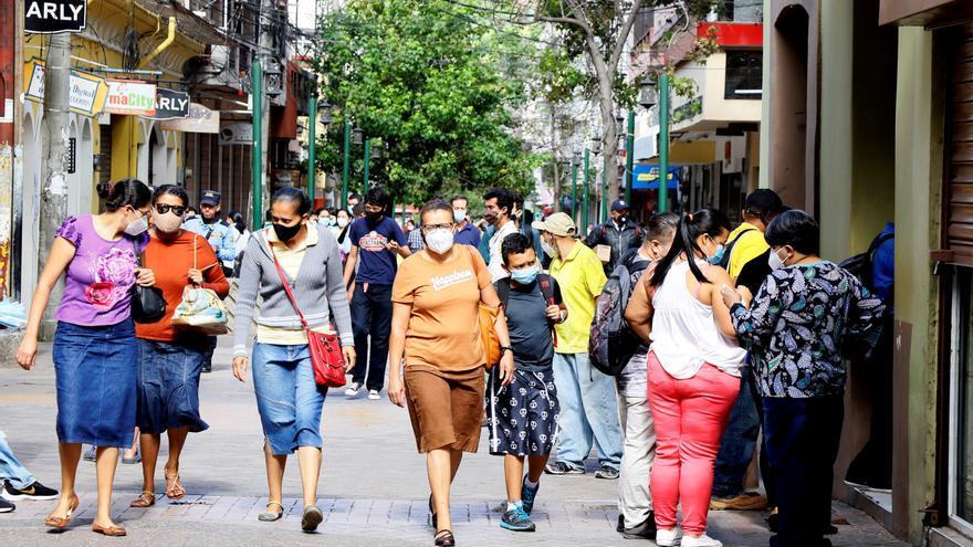 Plan de presupuesto de Honduras recorta más el gasto social, dice Icefi