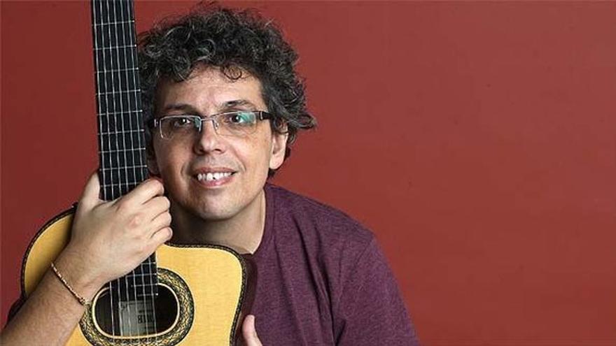 El cantautor canario Pedro Guerra.