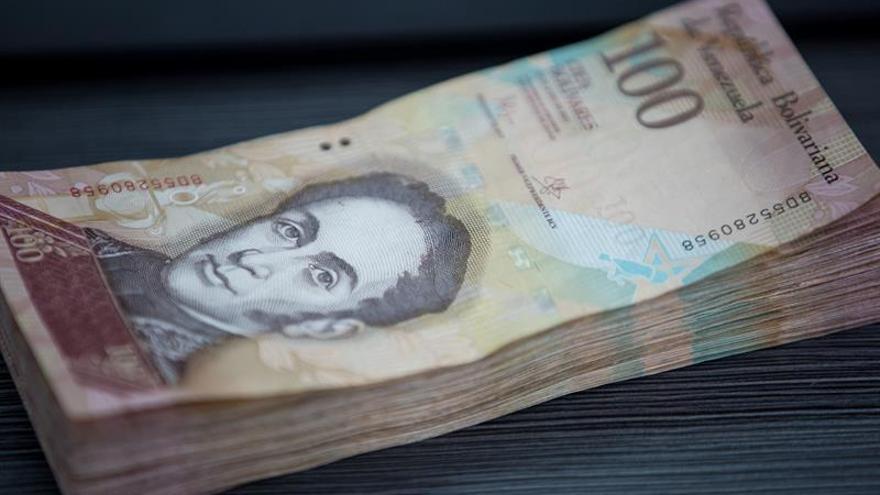 Billete venezolano de 100 bolívares continuará circulando indefinidamente
