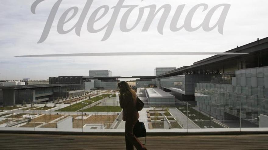 Telefónica reduce un 50,6% su beneficio hasta septiembre por el plan de bajas
