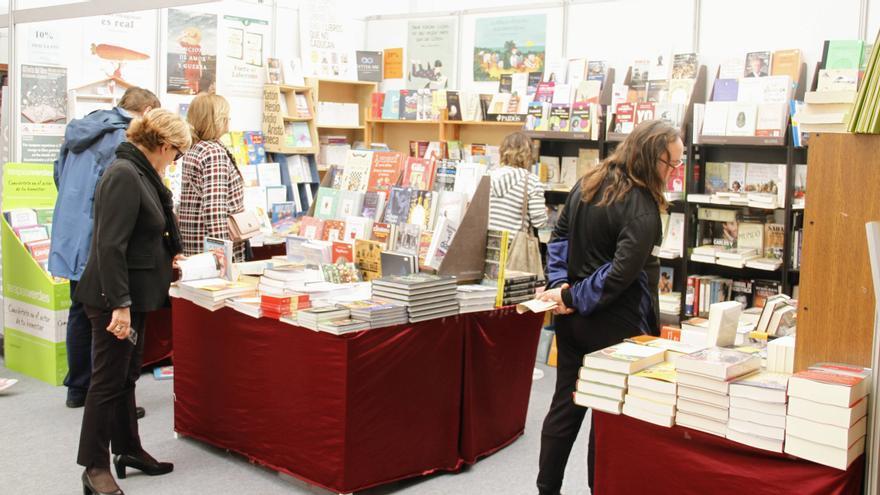 Las dos ferias del libro de Santander se celebrarán según lo previsto pese a las quejas de la del Libro Viejo