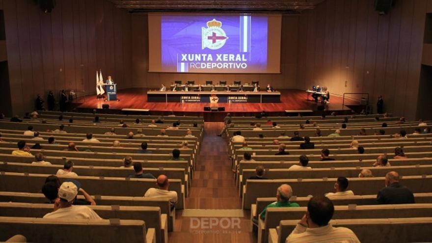 Junta General de Accionistas del Deportivo