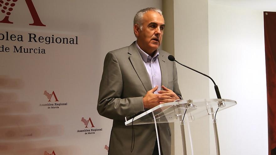 EL diputado regional socialista Alfonso Martínez Baños
