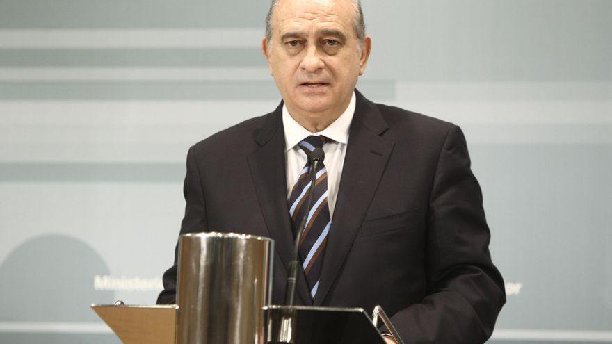 """Fernández Díaz: """"La historia de ETA es la de unos terroristas y unas víctimas, no ha habido conflicto político"""""""