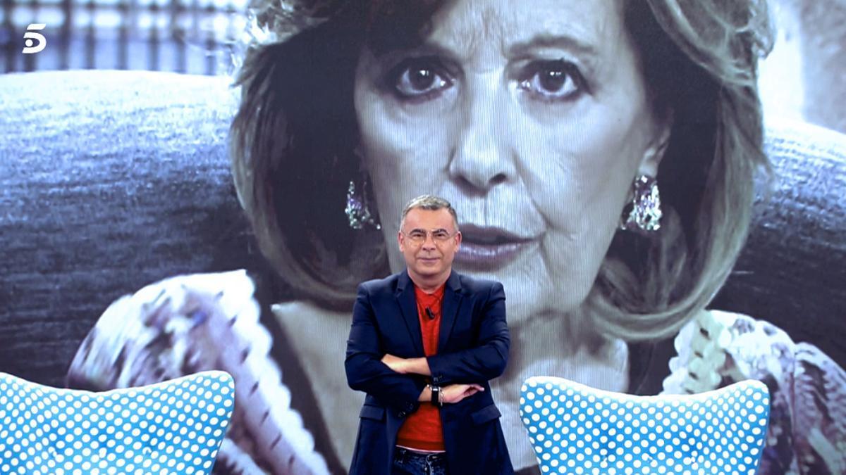Jorge Javier Vázquez durante la llamada de María Teresa Campos en 'Sálvame'