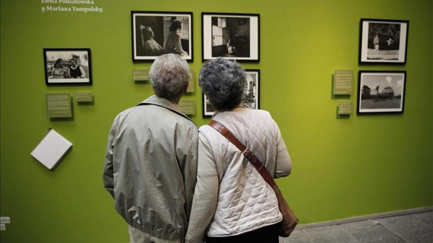 """Exposición sobre Elena Poniatowska plasma las """"ganas de seguir adelante"""""""