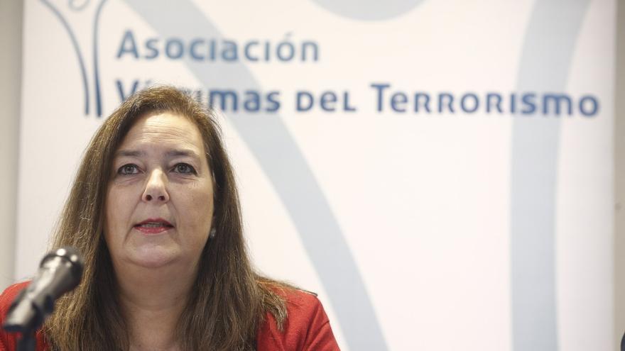"""La presidenta de la AVT rechaza la invitación de RTVE después del """"escarnio"""" de la entrevista a Otegi"""