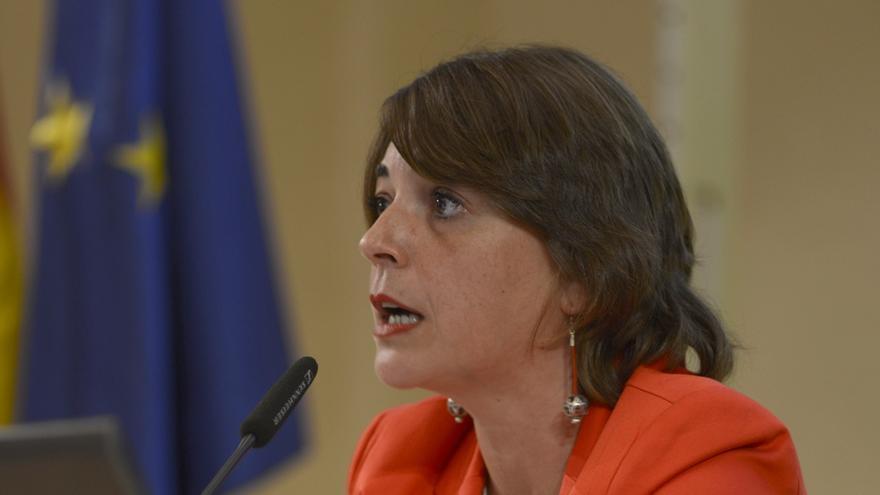 Elena Cortés insta a los ayuntamientos a sumarse al Plan Andaluz de la Bicicleta.