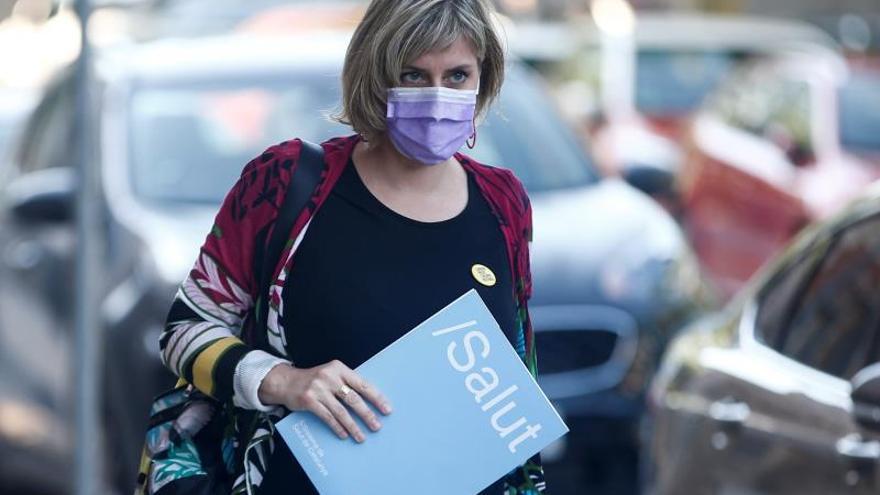 """La Generalitat defiende sus datos sobre la pandemia: """"Quizás informamos más"""""""