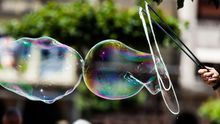 De la bitcoin a los unicornios: estas son las burbujas que está inflando el mercado