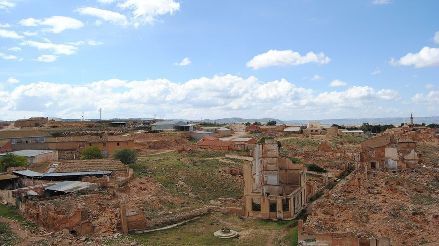 Vista general del pueblo viejo de Belchite