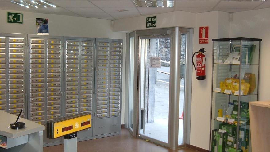 Correos renueva su oficina de Azkoitia (Gipuzkoa) para eliminar barreras arquitectónicas