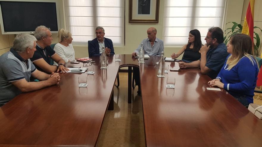 El consejero de Agricultura, Joaquín Olona, se ha reunido con el presidente de la Comarca Comunidad de Calatayud, Ramón Duce
