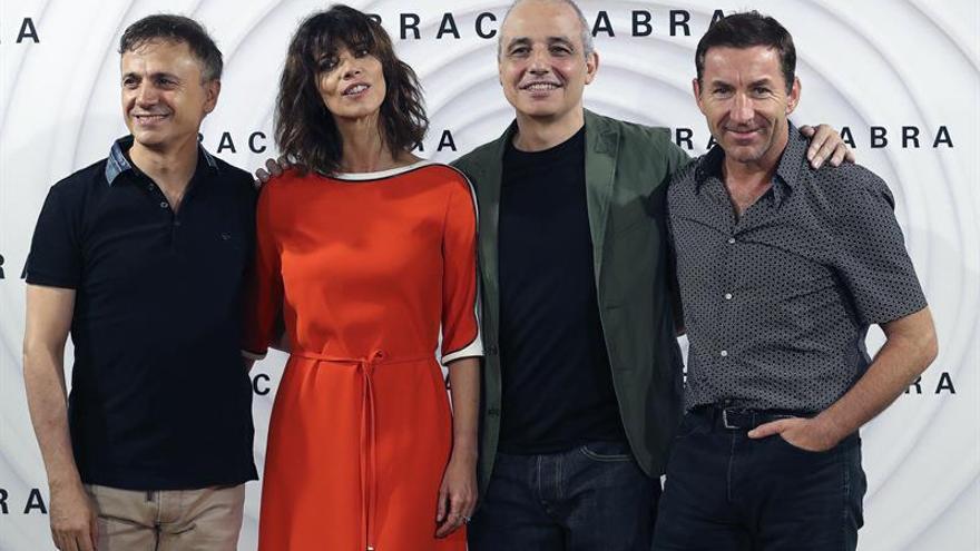 "Pablo Berger busca espectadores abiertos de mente para su cinta ""Abracadabra"""