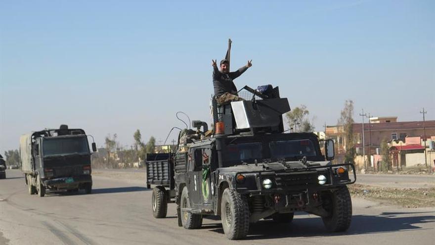 Fuerzas iraquíes controlan más del 50 por ciento del oeste de Mosul tras un mes de batalla